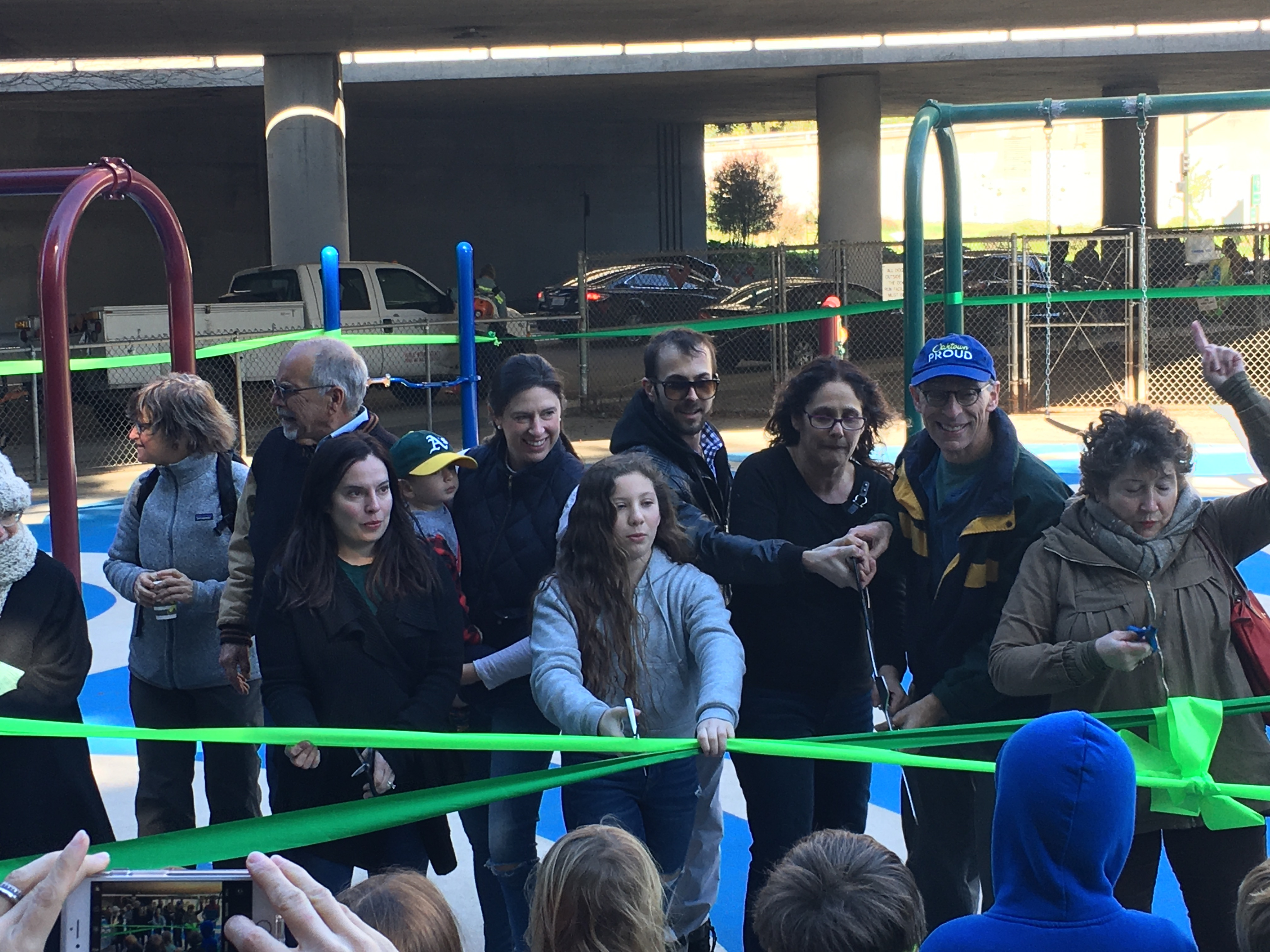 The FROG Committee cuts the ribbon on the new Hardy Park / FROG Park playground