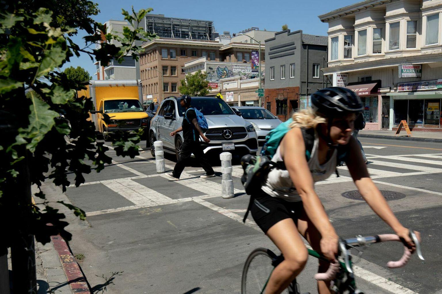 bike lanes protected