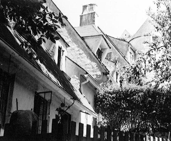 Landmark 104 A Attached residences at Richmond Blvd